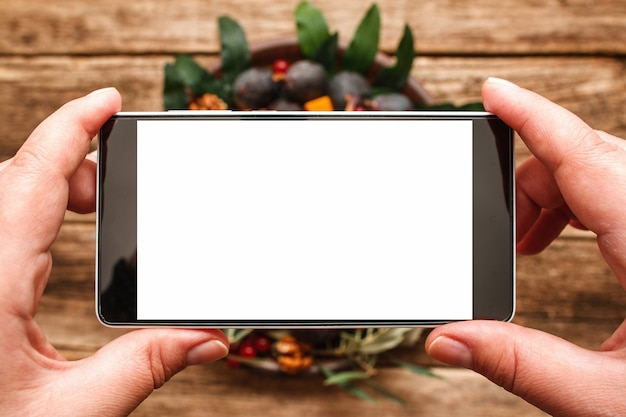 Fotografia de comida de prato com frutas de outono