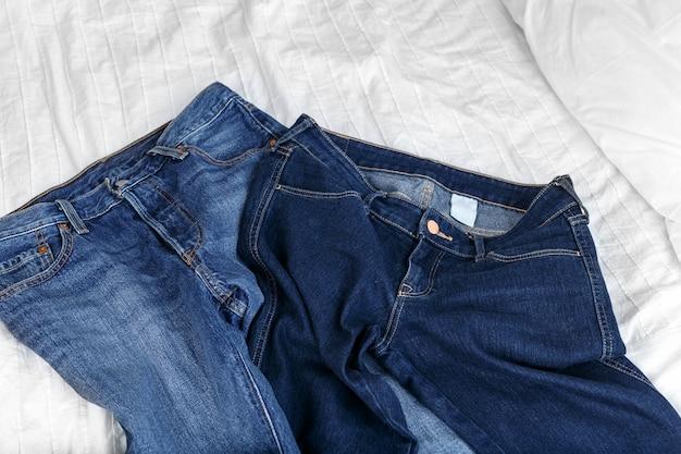Fotografia de estúdio jeans, roupas, jeans