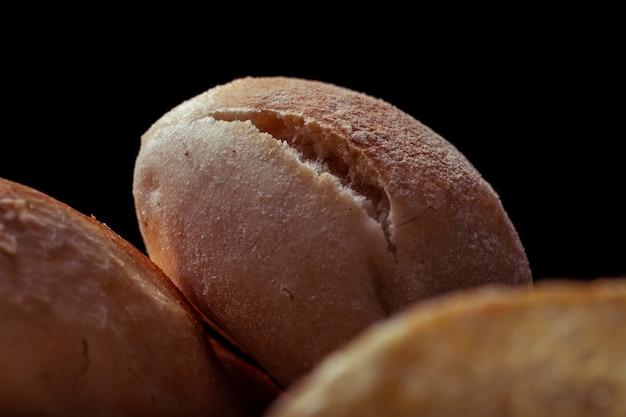 Fotografia de textura macro com mini sanduíche de fenda sobre outro mini sanduíche