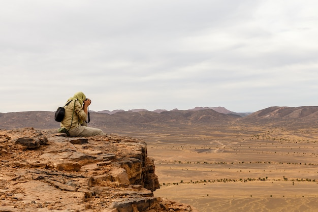 Fotógrafo, deserto do saara