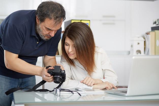 Fotógrafos trabalhando