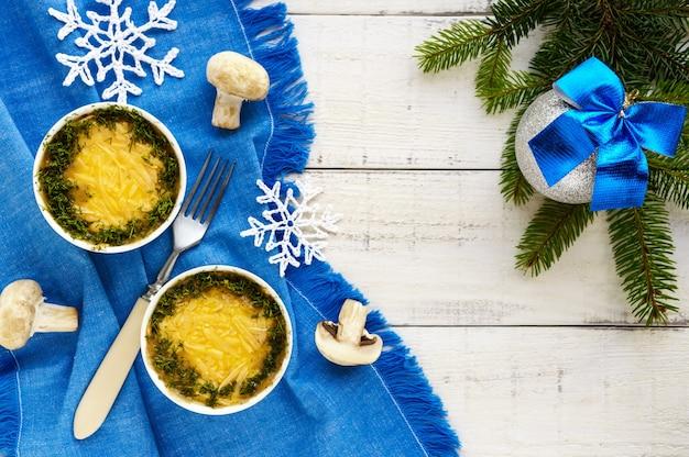 Frango assado com cogumelos e queijo