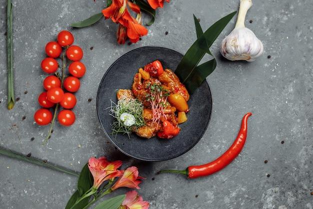 Frango cantonês comida chinesa
