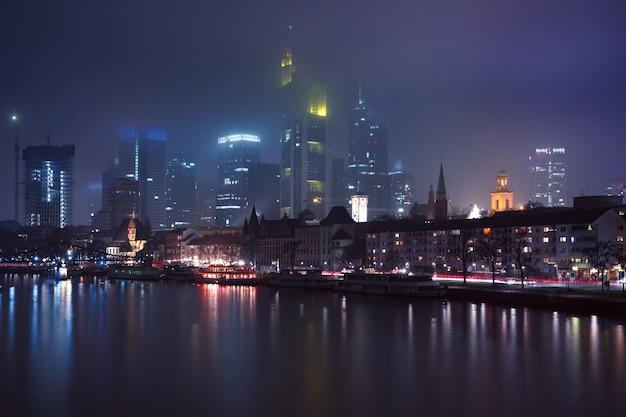 Frankfurt am main pela manhã, alemanha