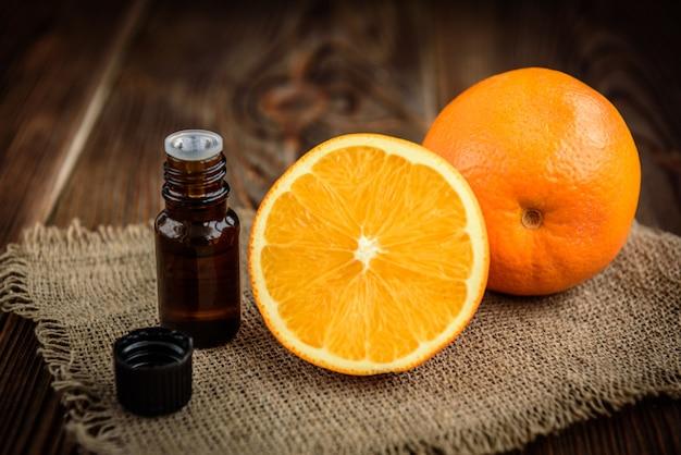 Frasco de óleo essencial de laranja