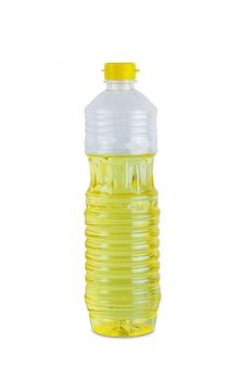 Frasco de óleo vegetal plástico transparente isolado no fundo branco