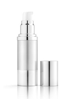 Frasco de prata de embalagem em branco para maquete de design de produto de soro cosmético isolado no fundo branco com traçado de recorte