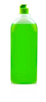 Frasco verde com detergente para louça em fundo branco
