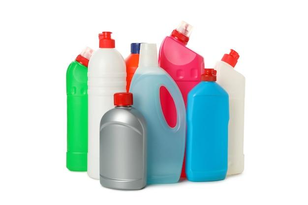 Frascos com detergente isolado em fundo branco