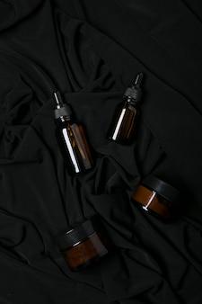 Frascos de cosméticos da moda