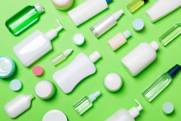 Frascos de cosméticos e recipiente para cosméticos