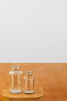Frascos de vidro de cozinha minimalistas para copiar o espaço