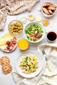 Freshl mesa de café da manhã. comida saudável. vista do topo.