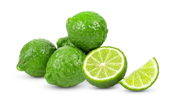 Fruta de bergamota isolada em fundo branco