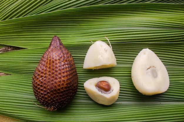 Fruta de cobra fruta tropical do sudeste asiático