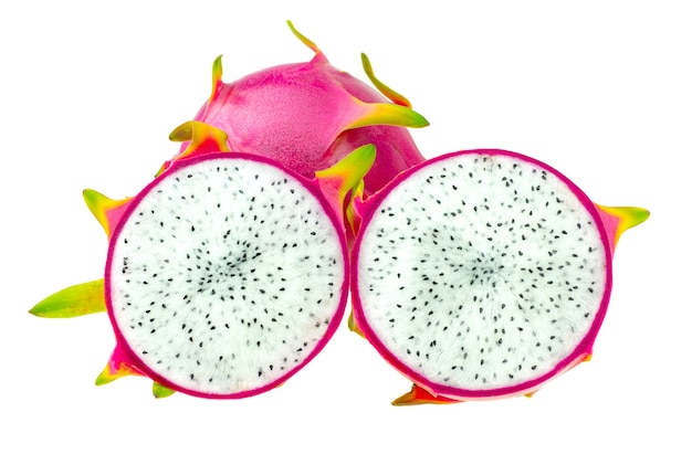 Fruta do dragão rosa linda ou pitaya isolada no fundo branco