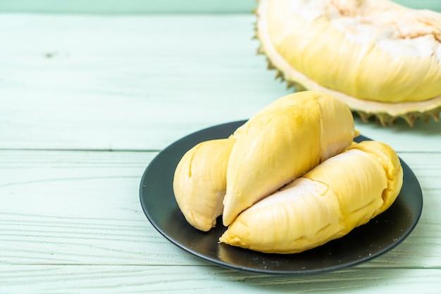 Fruta durian fresca