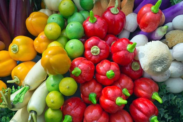 Frutas artificiais legumes para show e decoração.