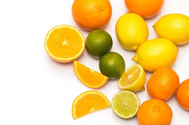 Frutas cítricas diferentes
