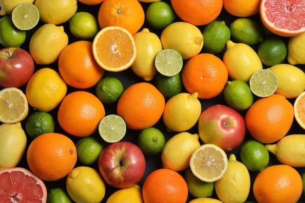 Frutas cítricas frescas.