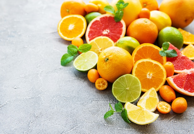 Frutas cítricas frescas