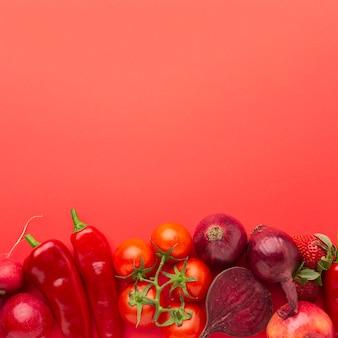 Frutas e vegetais com espaço de cópia