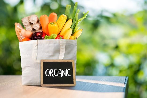 Frutas e vegetais de mercearia orgânica saudável delicious