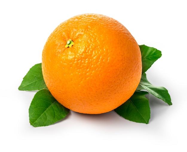 Frutas frescas de laranja com folhas