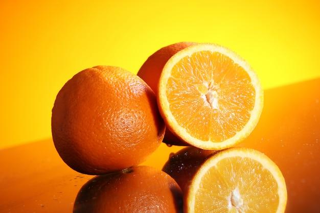 Frutas frescas de laranja