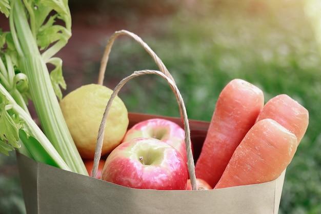 Frutas frescas para uma alimentação saudável na vida diária