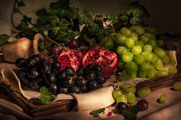 Frutas na bandeja vintage