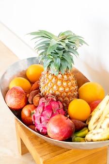 Frutas na bandeja