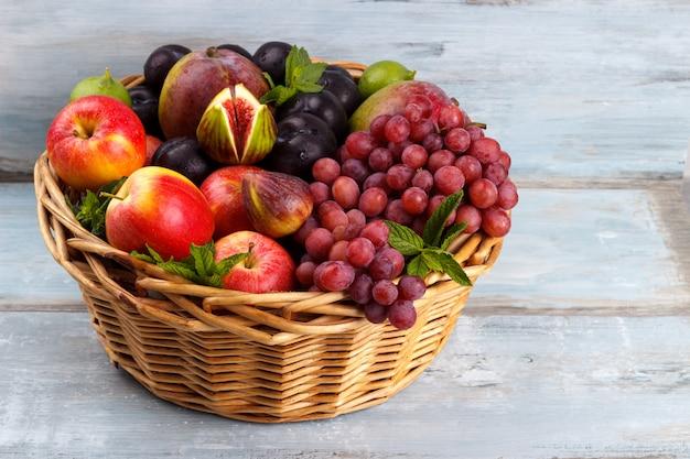 Frutas orgânicas frescas