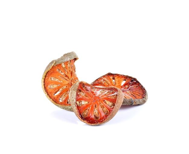 Frutas secas bael usadas para cozinhar suco de bael