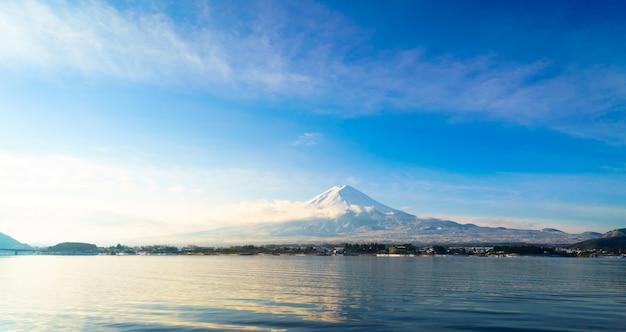 Fuji montanha e lago kawaguchi, japão