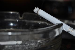 Fumo, cinzeiro
