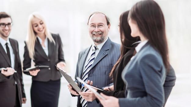 Funcionários discutem seus objetivos