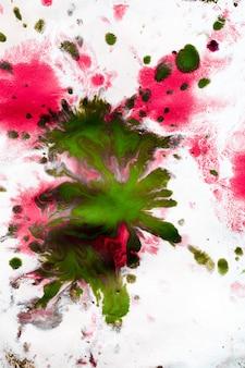 Fundo abstrato com borrões e gotas de diferentes cores