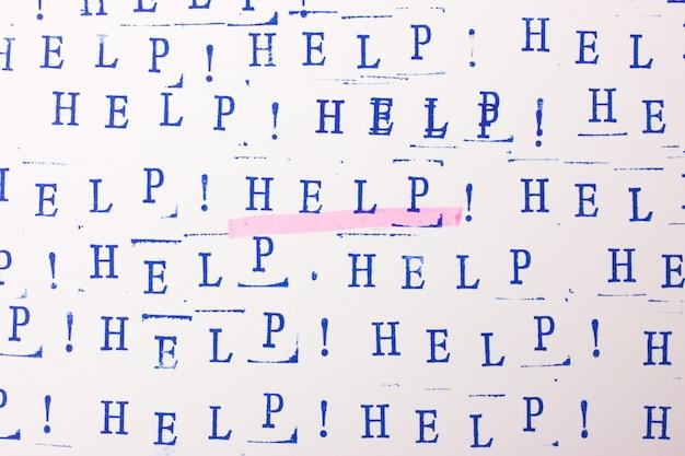 Fundo abstrato com letras azuis. palavra ajuda