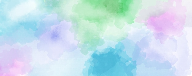Fundo aquarela nas cores azul, verde e violeta, respingos de cor pastel suave e manchas com sangramento de franjas pintando em formas abstratas de nuvens com papel