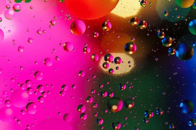 Fundo artificial colorido com bolhas.