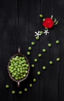 Fundo artístico de ervilhas verdes