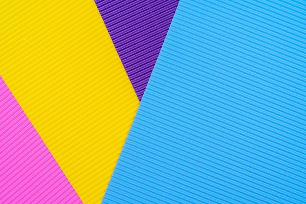 Fundo colorido de papel ondulado.
