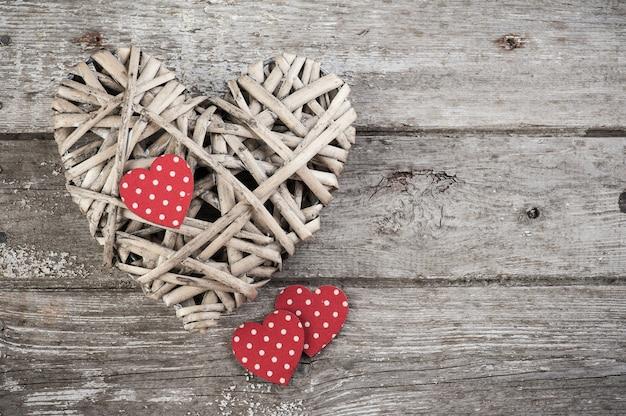 Fundo com corações de bolinhas