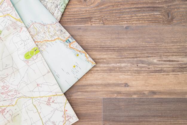 Fundo com mapas e copyspace