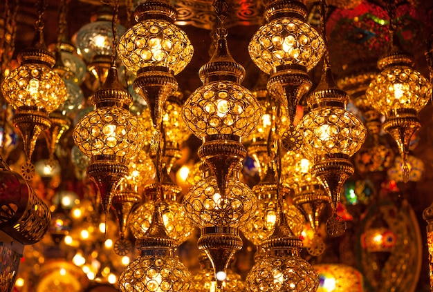 Fundo das luzes tradicionais turcas em blur