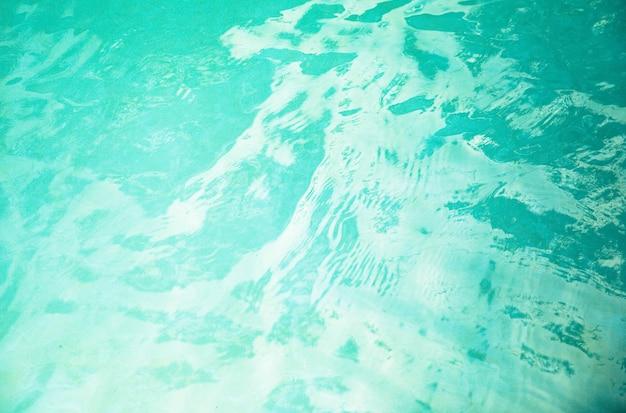 Fundo de água ondulada na piscina