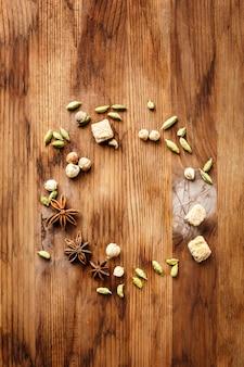 Fundo de alimentos com especiarias e açúcar