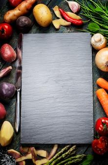 Fundo de alimentos, com legumes frescos Foto Premium