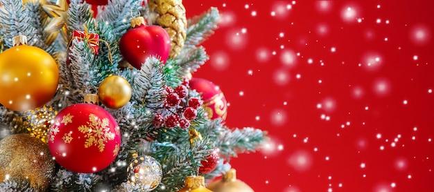 Fundo de cartão de feliz natal feriados. foco seletivo. natureza.